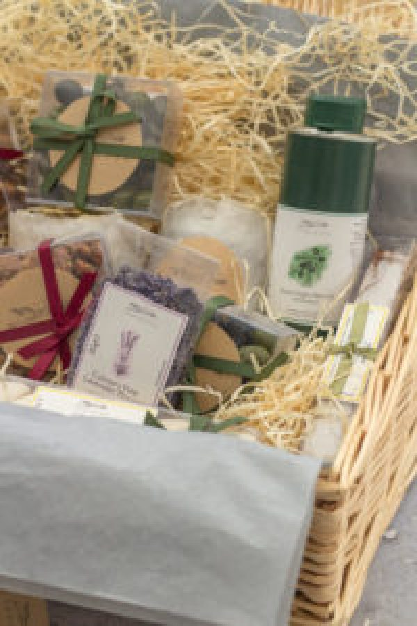 Win a Hamper for Easter worth over £100
