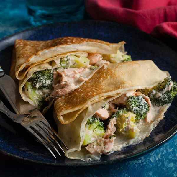 Savoury Pancakes with Salmon and Broccoli