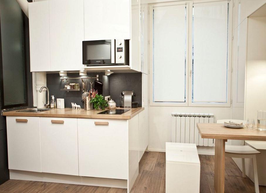 Il soggiorno gode invece dello spazio a tutta altezza. Storie Di Case Come Arredare Un Monolocale Di 18mq Easyrelooking
