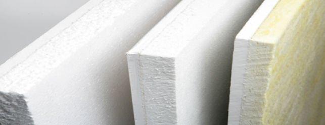 Rivestire i Muri con Polistirene e Cartongesso come Barriera Termica e Taglia Umidità
