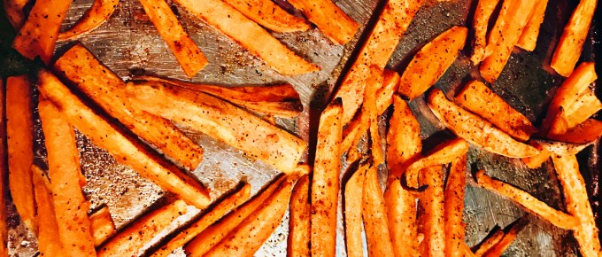 Easily Bake Healthy Sweet Potato Fries in the Oven