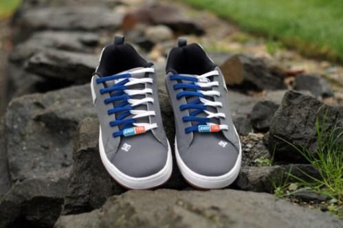 White & Blue Easy Tie Shoelaces