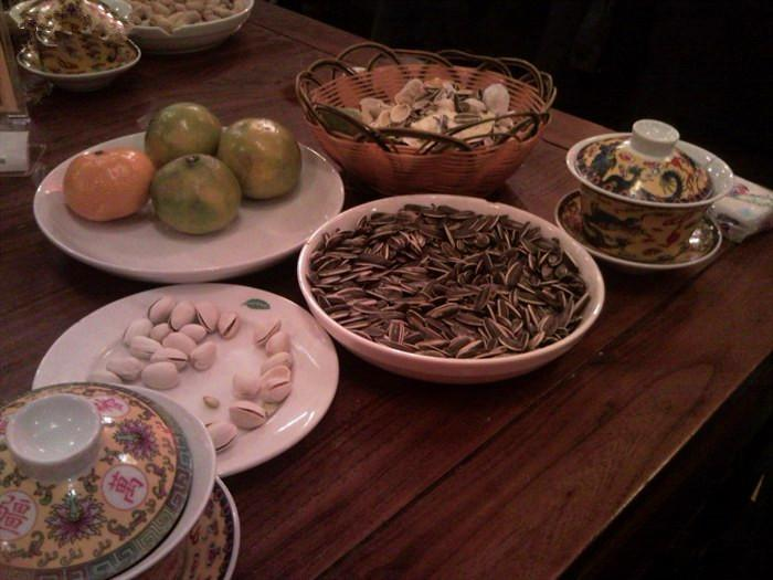 what to eat in Beijing teahouse