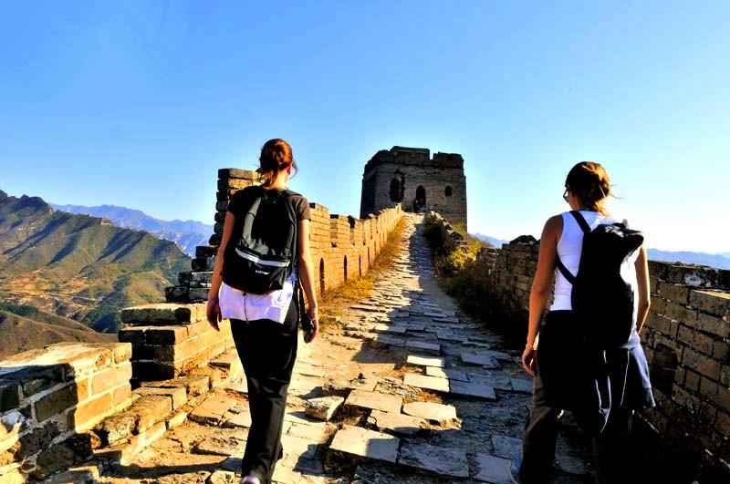 Hiking on the best Great Wall