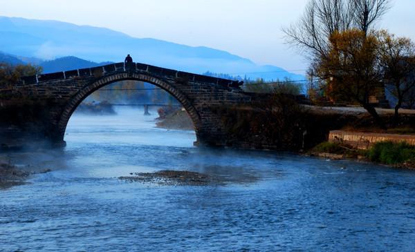 Visit Shaxi old town in Jianchuan Dali