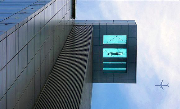 Sky-high swimming pool in shanghai