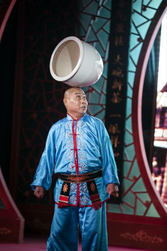 Beijing Opera at tea house