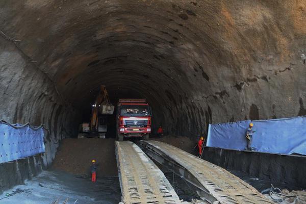 Deepest high-speed railway station