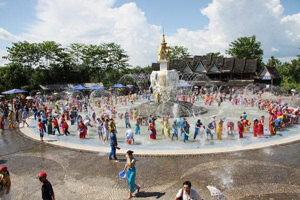 Water-Splashing Festival, Xishuangbanna, Yunnan