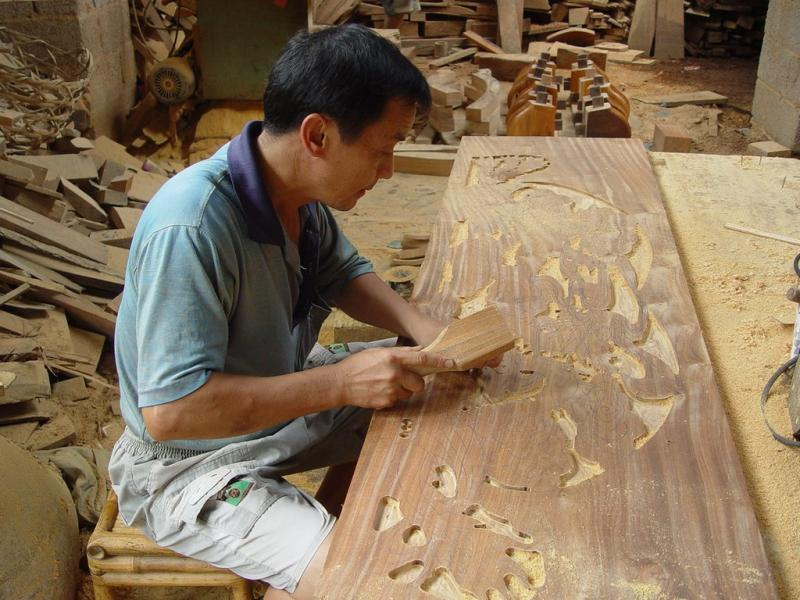 China wood carving art