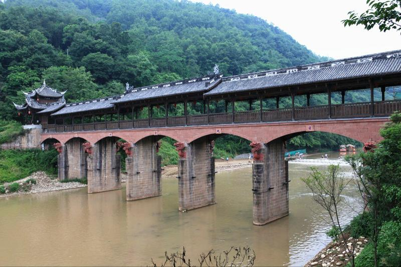 what to see in Jiezi Zhou Ancient Town