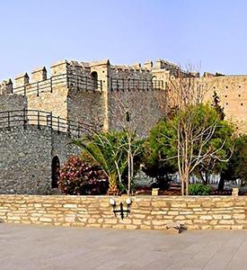 Cesme_Turkey_The_Castle