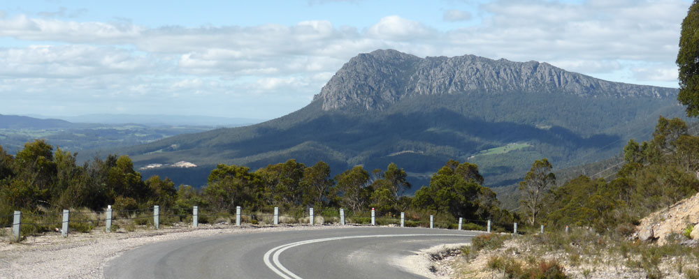 Driving to Cradle Mountain