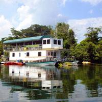 Panama Canal jungle day tour on Lake Gatún