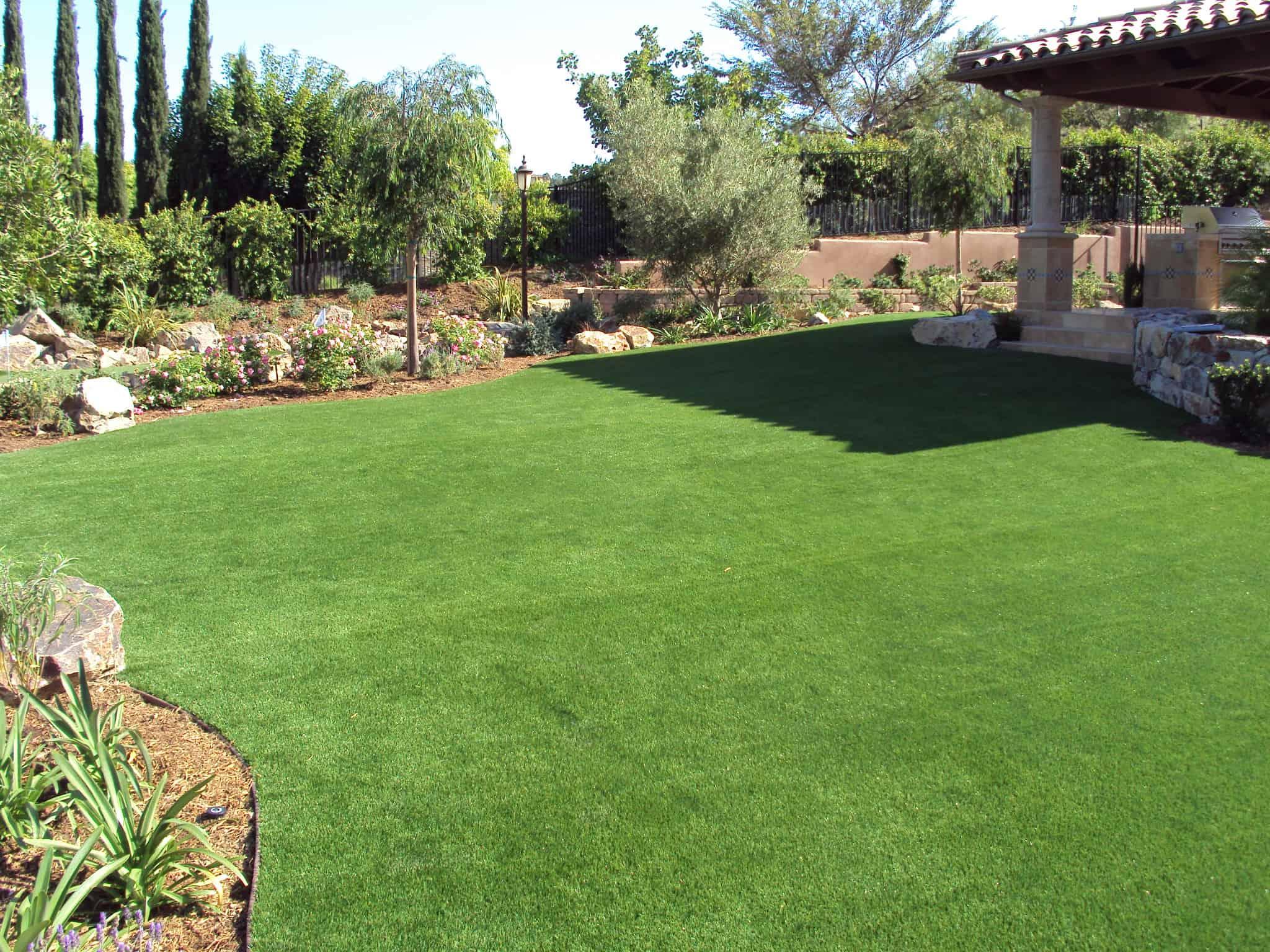 Backyard Summer Fun Family Activities - EasyTurf ... on Artificial Grass Backyard Ideas  id=69431