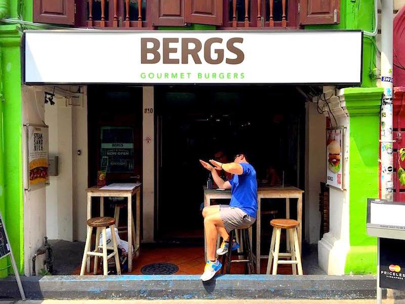 BERGS Gourmet Burgers Haji Lane - Facade