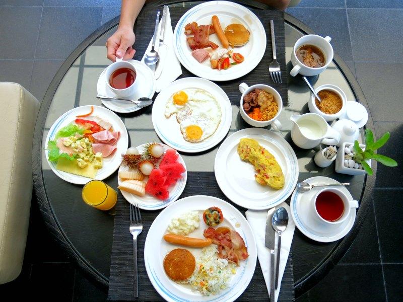 Nap Patong Breakfast
