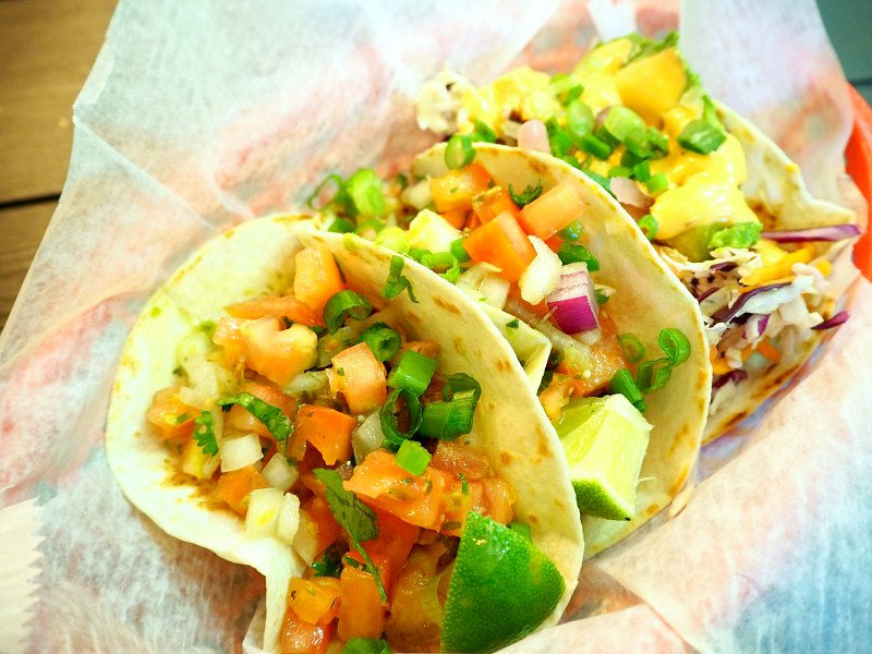 12 best places to eat in manhattan eatandtravelwithus for Best fish tacos nyc