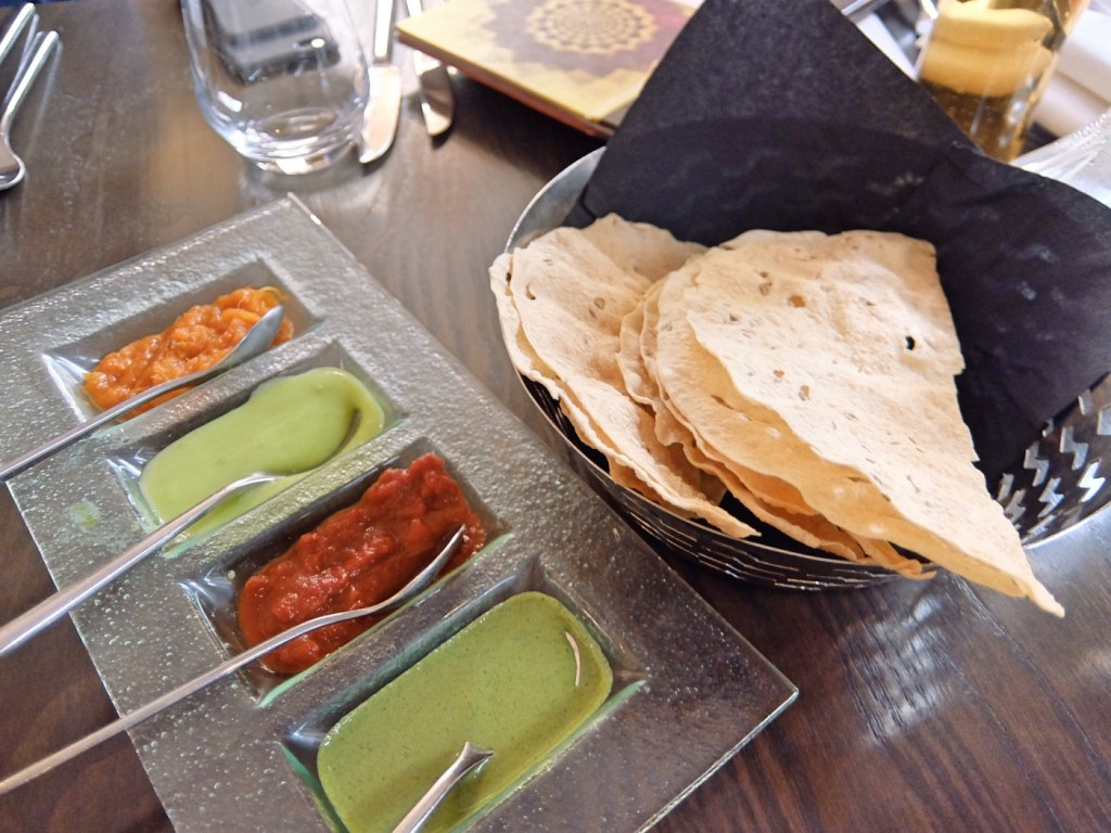 More shots of the Popadom and Dips
