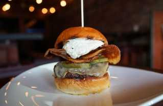 French-Onion-Dip-Burger