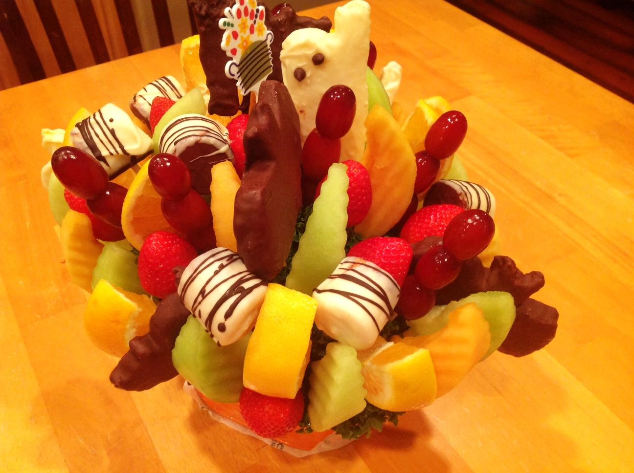 Edible Arrangements-The Perfect Halloween Treat