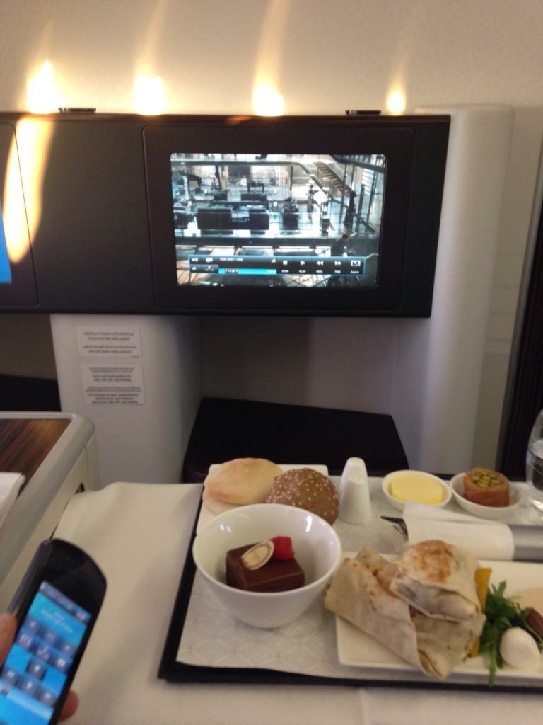 Qatar Airways First Class DOH DXB_meal