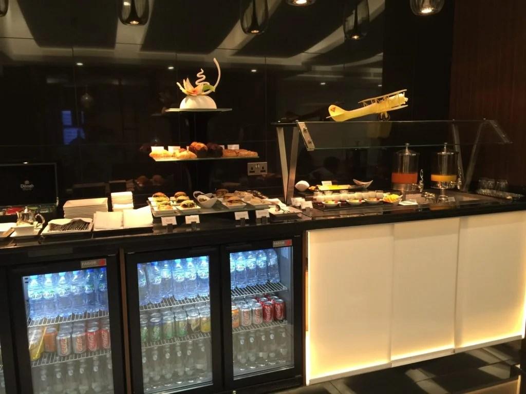 Etihad Arrivals Lounge Abu Dhabi_breakfast