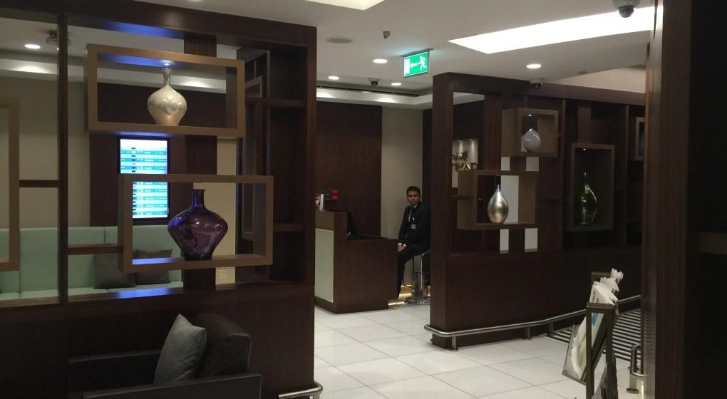 Etihad Arrivals Lounge Abu Dhabi_chauffeur reception