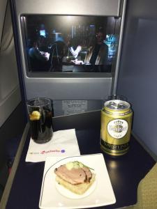 air-berlin-business-class-a330-200-ab-7495-auh-txl_duck