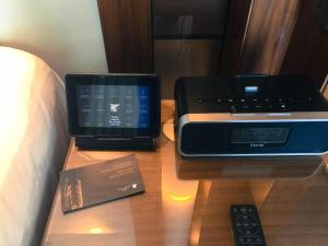 Hotel Review JW Marriott Marquis Dubai Bedroom Bedside