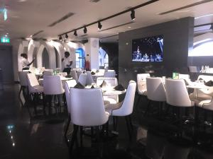 Spice & Ice Restaurant and Lounge restaurant 1