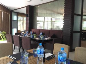 Movenpick JLT Nosh Brunch_Layout 4