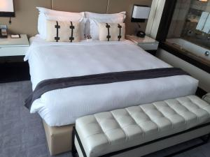 Steigenberger Hotel Dubai Review_bedroom 9
