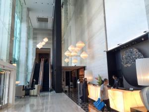 Steigenberger Hotel Dubai Review_lobby 5