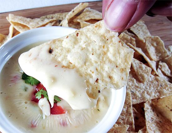 white queso dip