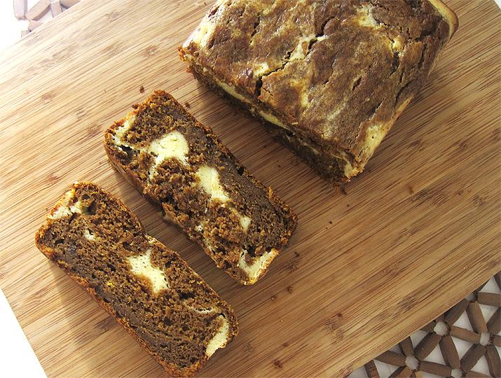 Pumpkin Bread with Cream Cheese Filling | www.EatLaughPurr.com #pumpkin #quickbread #Thanksgiving