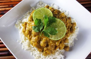 Pumpkin Chickpea Curry | www.EatLaughPurr.com