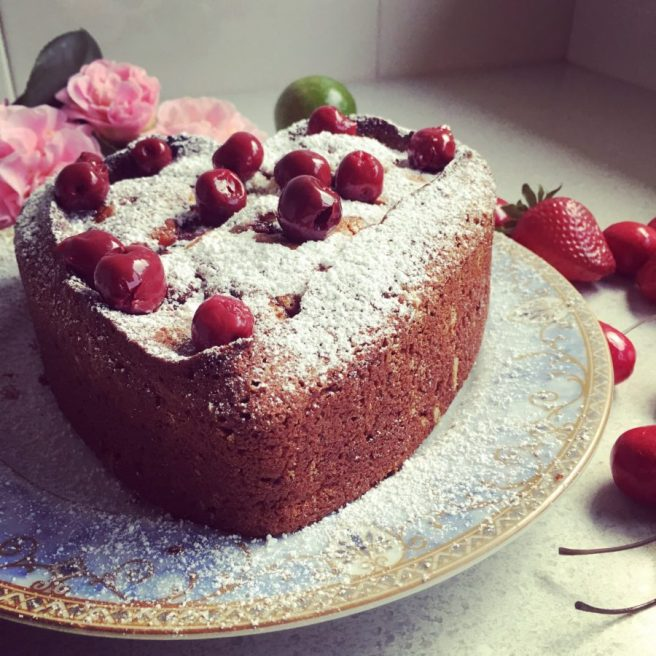 Almond and sour cherry cake