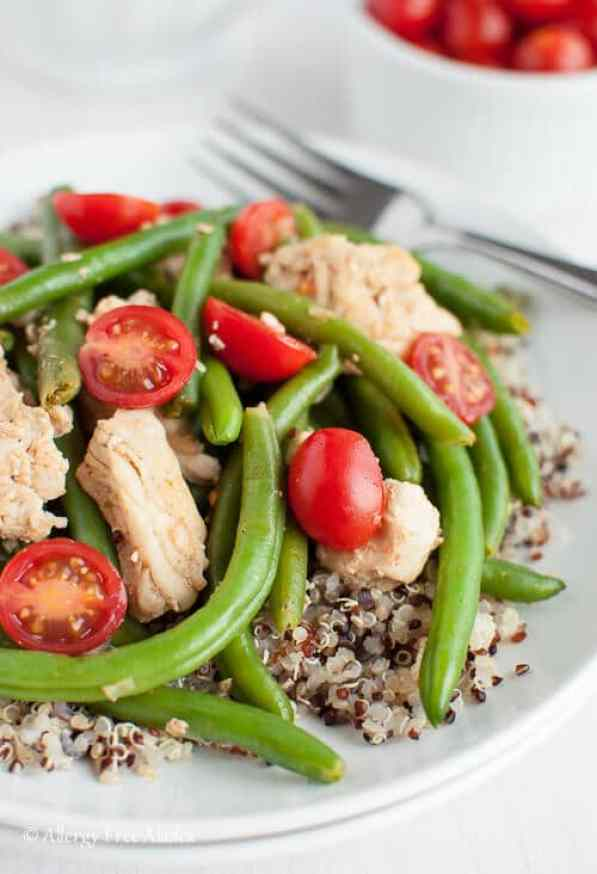 quick weeknight dinner smokey chicken and green beans over quinoa