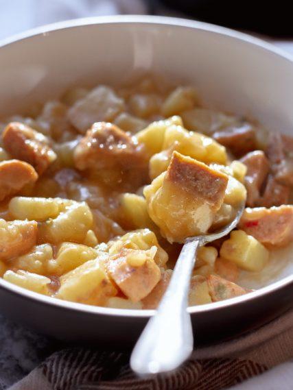 slow-cooker-sausage-and-potato-casserole-min