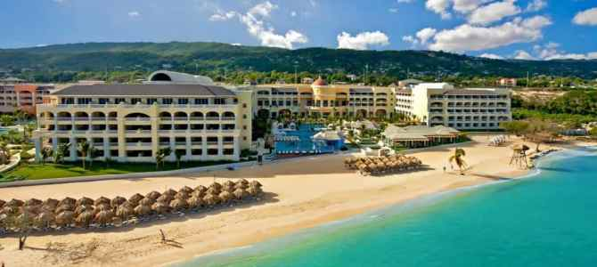 Girls' Getaway: Luxury Vacation at the Iberostar Grand Rose Hall Jamaica