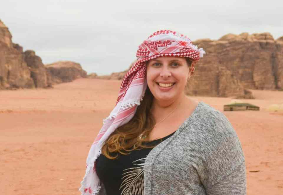 Wearing a Jordanian head scarf in Wadi Rum