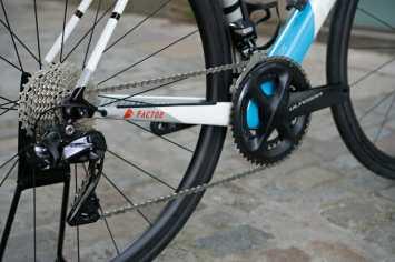 Factor-Bike-Rental-Girona-Eat-Sleep-Cycle-Groupset