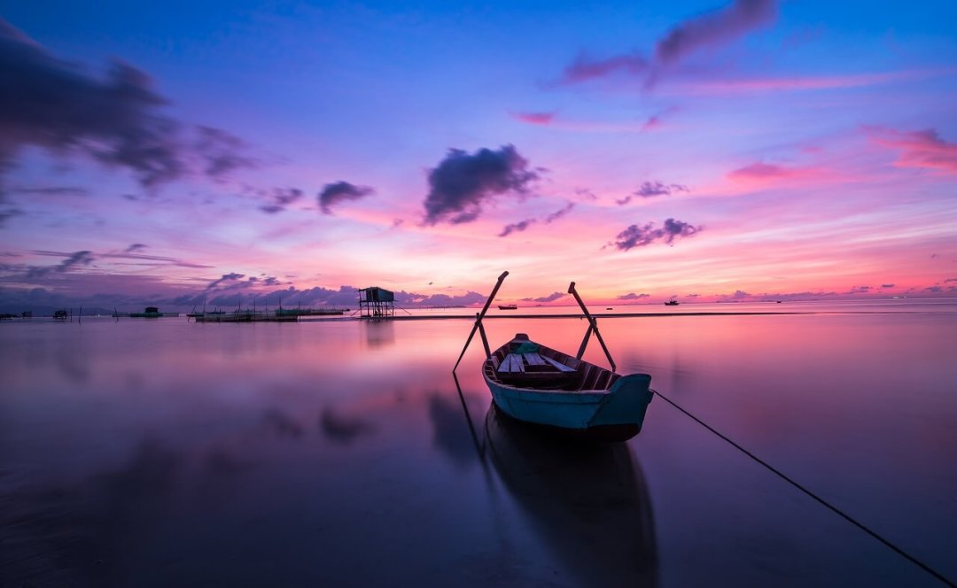 sunrise_boat