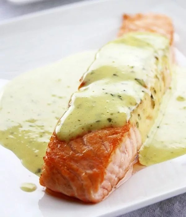 Grilled Salmon with Mint and Basil Sauce