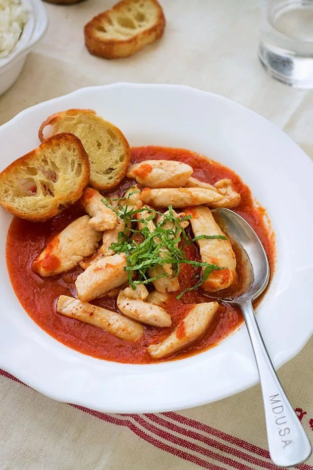 Garlic Chicken with Tomato Sauce Recipe — Eatwell101