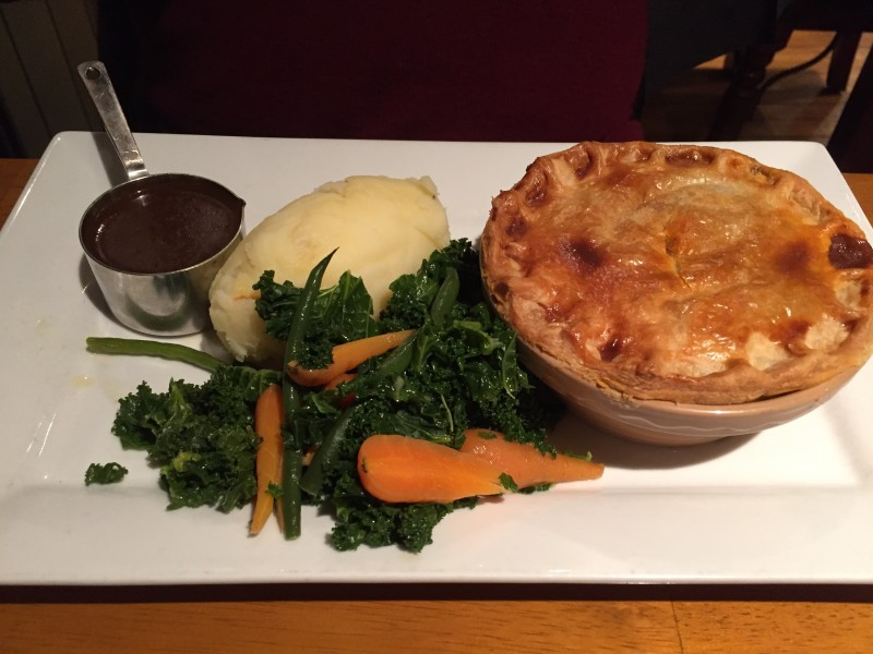 Rump of beef and red wine pie at the King's Head, Napton