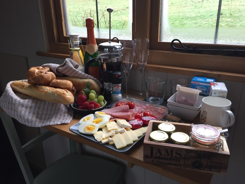 Breakfast at the shepherds hut