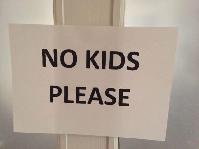 Banning children in restaurants