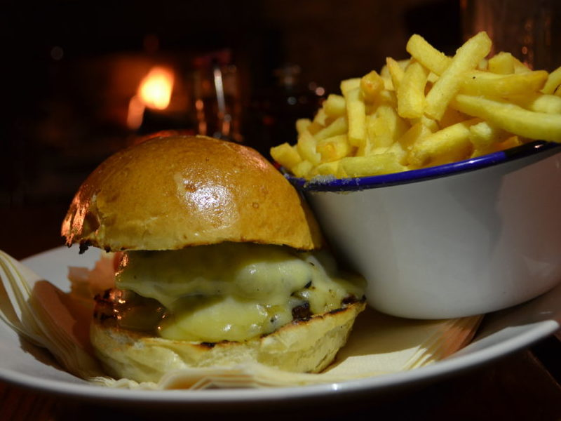 Cheeseburger and fries at the White Horse, Duns Tew